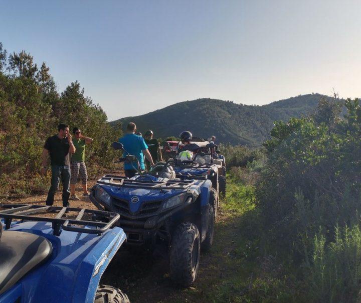 Um fabuloso passeio de duas horas em buggy ou quad no Algarve.