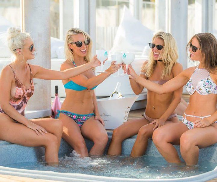 Blanco Beach Club é perfeito para a tuapool party em Portimão